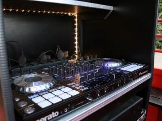 DJ pult i studentervogn