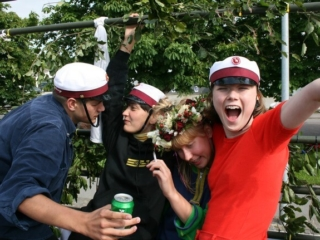 studenter fester i Tune